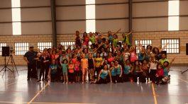 Asistentes a la I Masterclass de Zumba Solidario en benefio de ANA organizada por Funsport Center